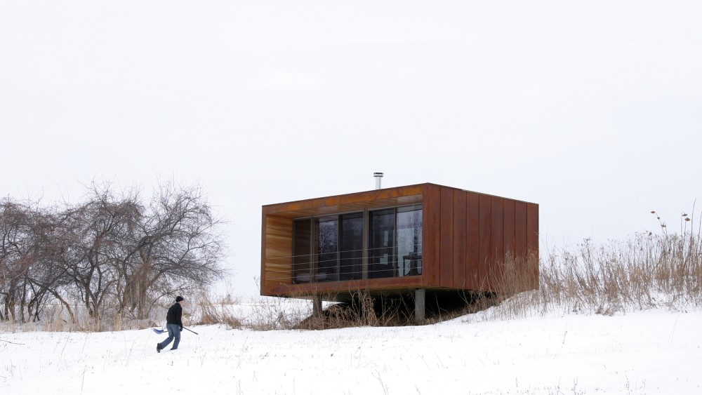 Arado weeHouse during a Minnesota winter