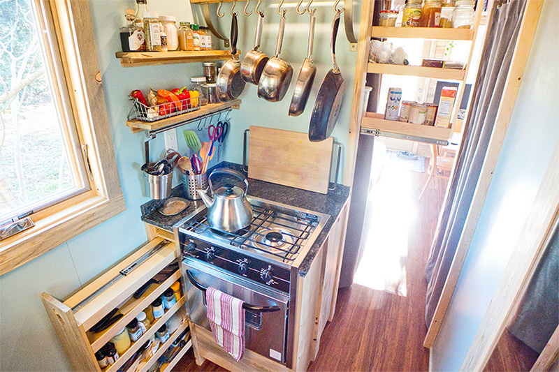 Plenty of space in the kitchen