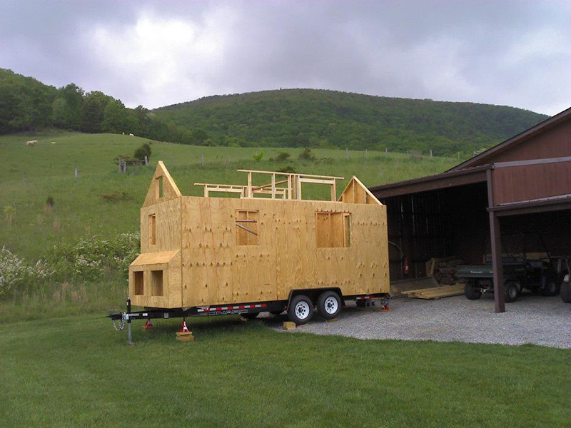 Sarah's tiny house nearing completion