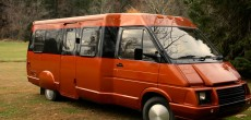 Meet This Musician's Custom Winnebago LeSharo