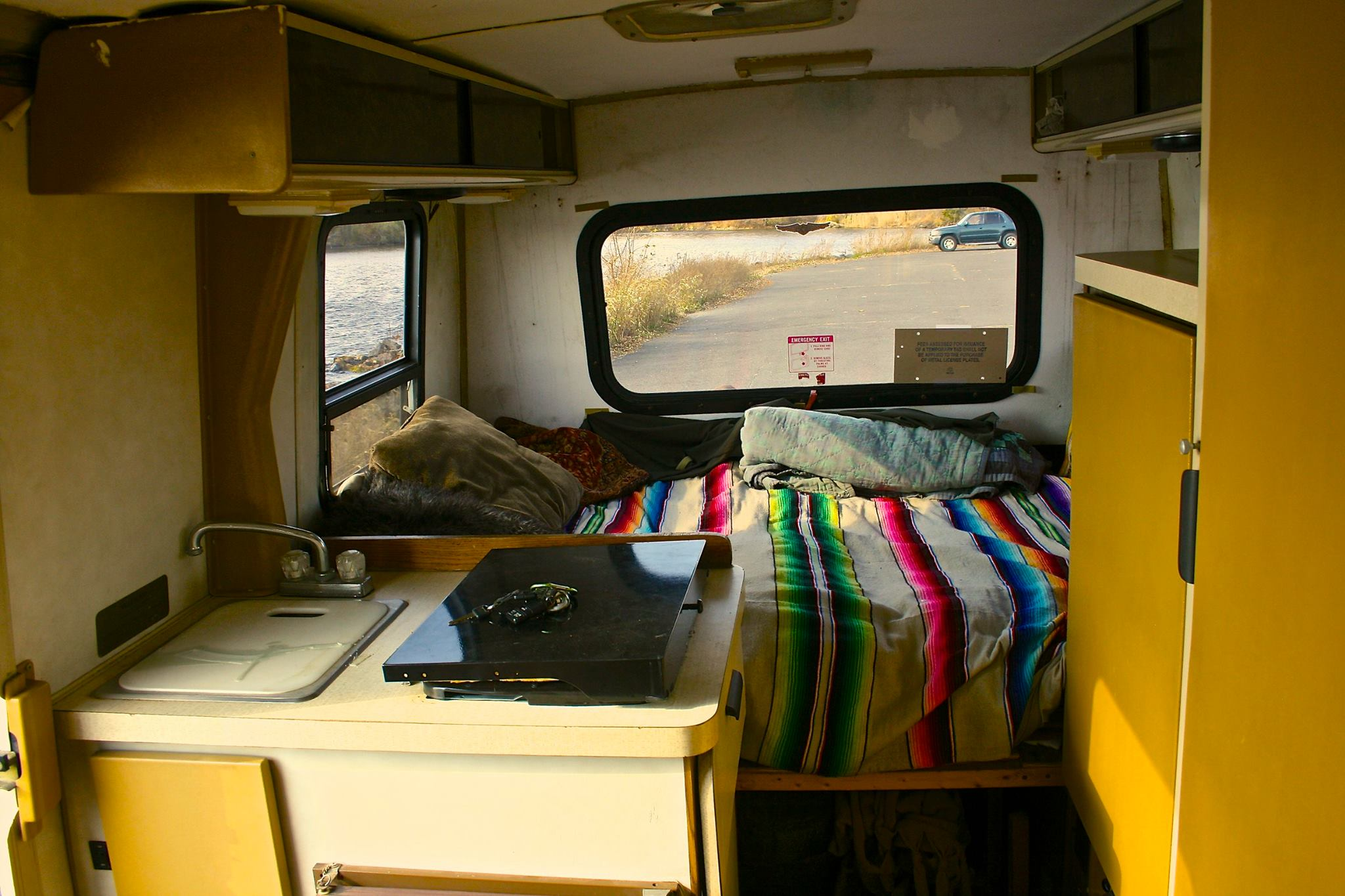 inside a winnebago lesharo