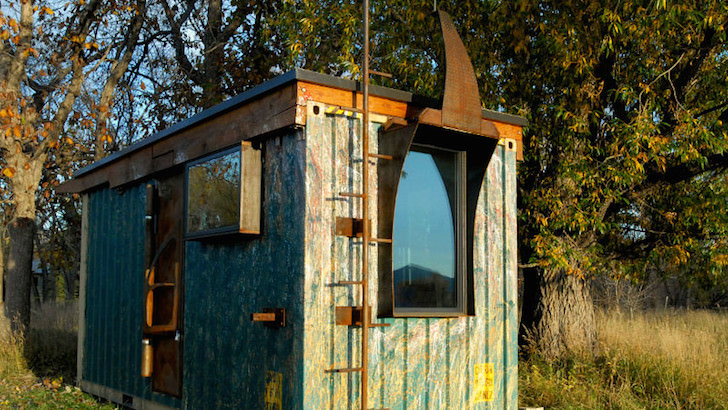 Outside of the Zulu Queen tiny home by Rhino Cubed