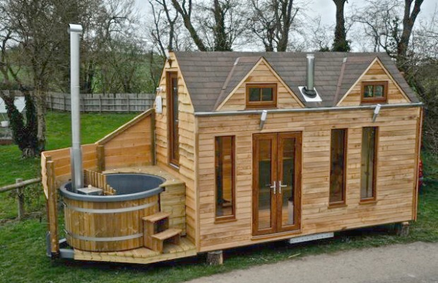 Tinywood House with wood-burning hot tub