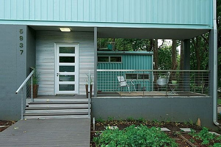 Contemporary container house