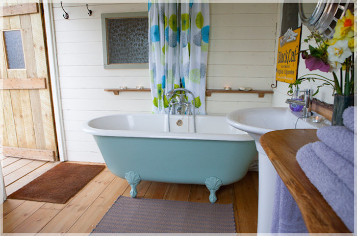 Bathtub by converted bus