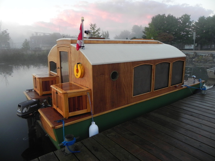 Close up of houseboat