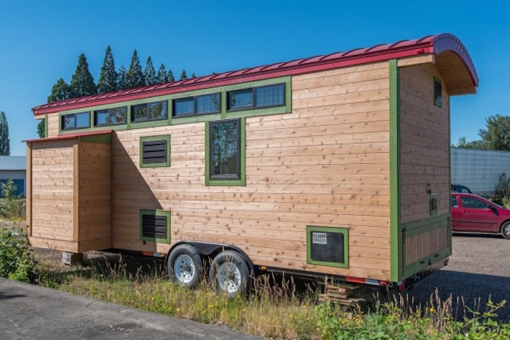 Travel trailer like tiny house