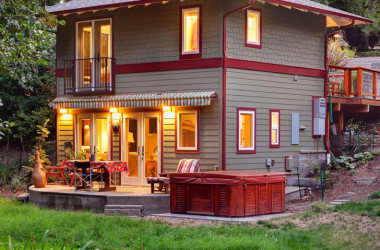 This Charming Small Home With Natural Heating Will Take Your Breath Away
