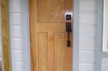 You Might Want To Consider Building A Custom Sized Front Door For Your Tiny House – Here's How