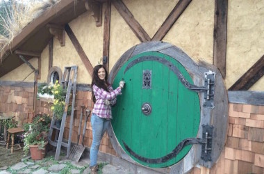 This Hobbit Hole Tiny House Will Make You Want To Squeeze Right In